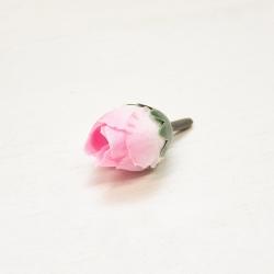 бутончик мини ранункулюса розовый