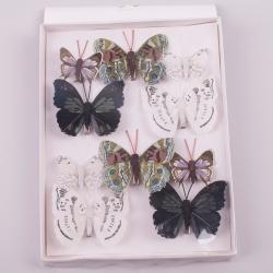 бабочки разного размера 8 и 5 см