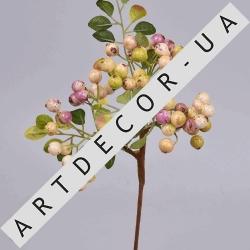 Ягоды боярышника розовые. Ветка с розовыми искусственными ягодами.