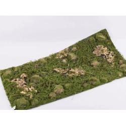 квадрат травы из мха с камнями