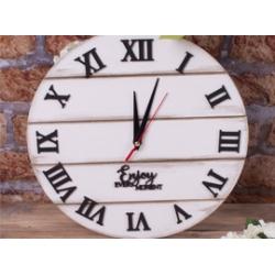 Часы декоративные, подушки для декора<br>