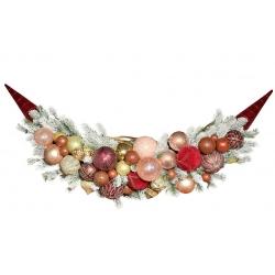 Подвесной декор из веток хвои и стеклянных шаров, 113*35cсм